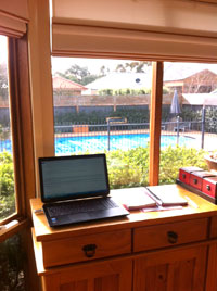 home-office-200pix